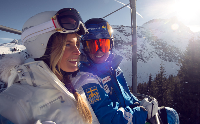 Jon Olsson and Janni Deler skiing together with POC helmets and googles