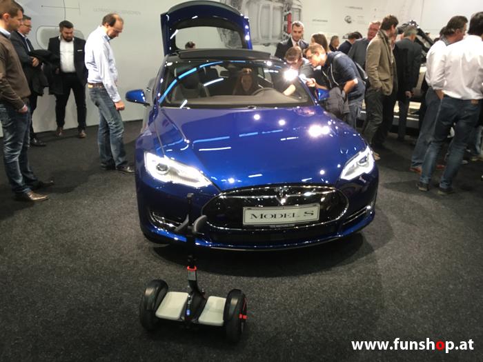 Ninebot Mini Pro schwarz und Tesla Model S im FunShop Wien probefahren und kaufen