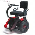Nino Robotics der neue elektrische selbstbalancierende Rollstuhl in rot und schwarz der Spass macht im FunShop Wien kaufen testen und probefahren 1
