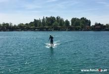 Onean Carver elektrisches Jetboard im Stehen electric surfboard carver first try standing beim Experten für Elektromobilität im FunShop Wien kaufen