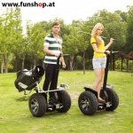 original-io-chic-cross-golf-segway-paar-am-golfplatz-in-schwarz-silber-fuer-den-outdoor-einsatz-beim-elektromobilitaets-experten-funshop-wien-kaufen