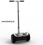 original-io-chic-ls-mini-segway-in-silber-von-hinten-beim-elektromobilitaets-experten-funshop-wien-kaufen-uns-testen