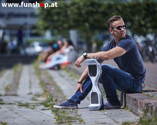 Oxboard Hoverboard weiss schwarz rot in der Freizeit im FunShop Wien testen und kaufen 1