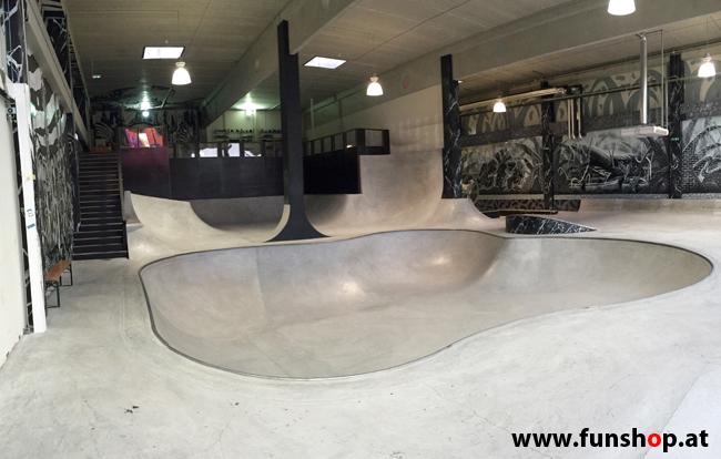 Oxboard und IO Angelboard Hoverboard im FunShop kaufen und testen beim ATV Test im Bloomfield Leobersdorf SK8 Skate Zone