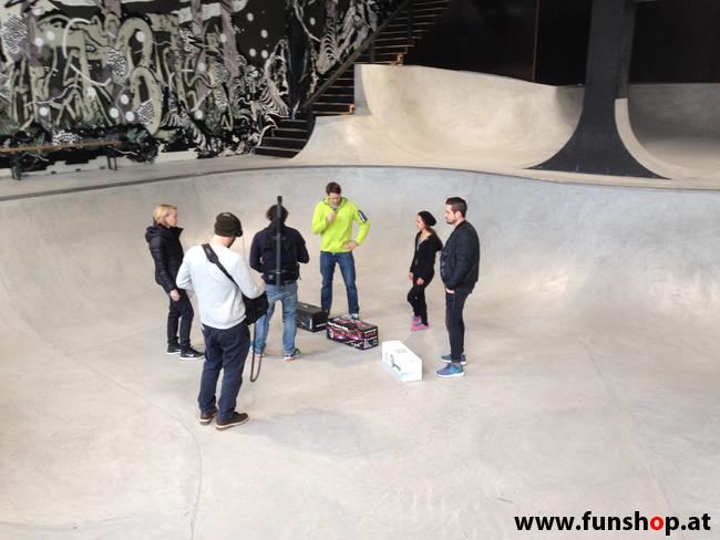 Oxboard und IO Angelboard Hoverboard im FunShop kaufen und testen beim ATV Test mit Andreas Moravec im Bloomfield Leobersdorf SK8 Skate Zone Geschenke