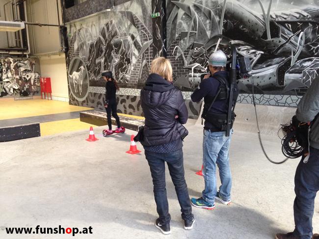 Oxboard und IO Angelboard Hoverboard im FunShop kaufen und testen beim ATV Test mit Andreas Moravec im Bloomfield Leobersdorf SK8 Skate Zone Hindernisbahn