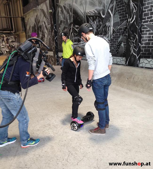 Oxboard und IO Angelboard Hoverboard im FunShop kaufen und testen beim ATV Test mit Andreas Moravec im Bloomfield Leobersdorf SK8 Skate Zone erste Fahrversuche 2