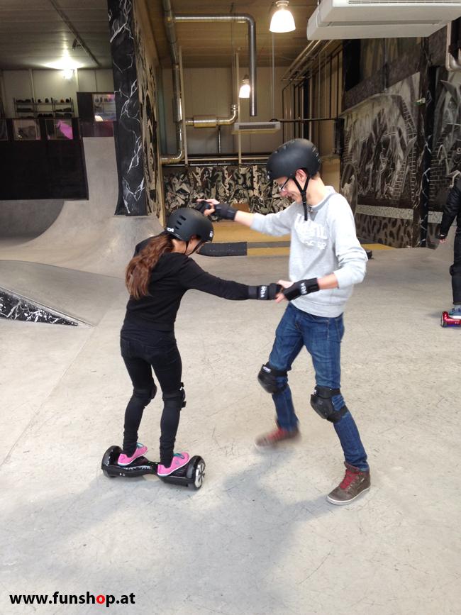 Oxboard und IO Angelboard Hoverboard im FunShop kaufen und testen beim ATV Test mit Andreas Moravec im Bloomfield Leobersdorf SK8 Skate Zone erste Fahrversuche 5