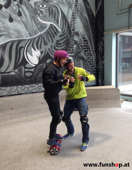 Oxboard und IO Angelboard Hoverboard im FunShop kaufen und testen beim ATV Test mit Andreas Moravec im Bloomfield Leobersdorf SK8 Skate Zone erste Fahrversuche 6