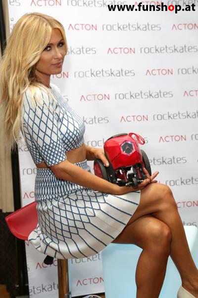 Paris Hilton mit Rocketskates R5 R8 R10 im Funshop Wien