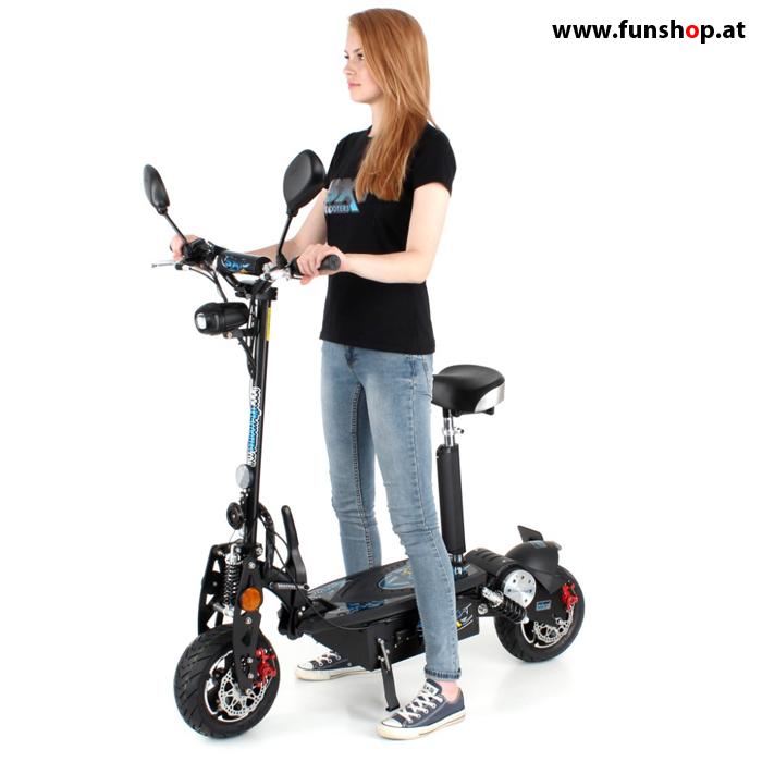 SXT 1000 XL ECC schwarz mit Mädchen seitlich im FunShop Wien kaufen und testen