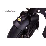 SXT Elektroscooter Buddy schwarz mit Luftreifen Licht vorne beim Experten für Elektromobilität im FunShop Wien testen probefahren und kaufen