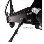 SXT Ultimate Pro Dual Drive Elektro Scooter schwarz Ständer beim Experten für Elektromobilität im FunShop Wien Onlineshop kaufen testen und probefahren