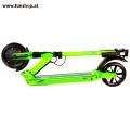 SXT light Elektro Scooter grün zusammen geklappt im FunShop Wien Onlineshop kaufen testen und probefahren