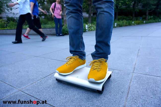 WalkCar Hoverboard elektrisches Einrad Segway im FunShop Wien kaufen 2.jpg