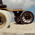 evolve-bamboo-carbon-gtr-electric-skateboard-10-years-funshop-vienna-austria