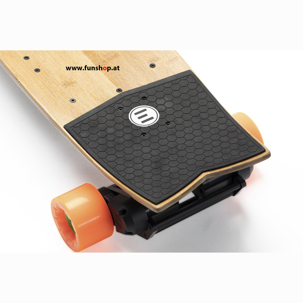 evolve-stoke-street-electric-skateboard-orange-funshop-vienna-austria