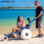 hippocampe-wheel-chair-outdoor-water-friends-funshop-vienna