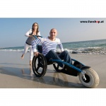 hippocampe-wheel-chair-outdoor-water-friends-shore-funshop-vienna